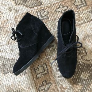 Black Suede Wedge Ankle Boot Bootie Sz 8